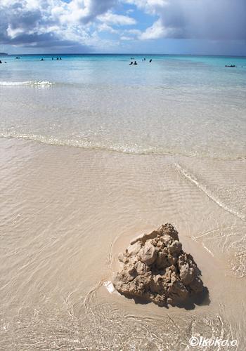 砂遊びの跡