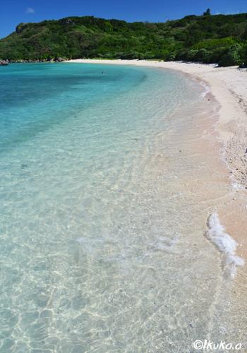 ビーチに寄せる波