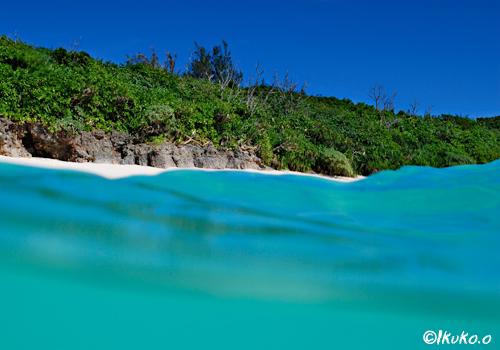 長間浜・空色の海空
