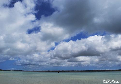 与那覇湾の上の雲