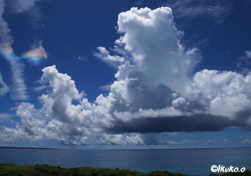 入道雲と彩雲