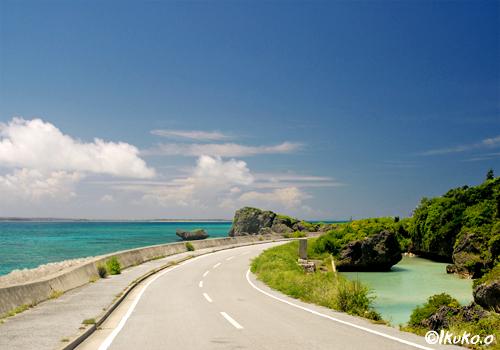 一周道路から見える海