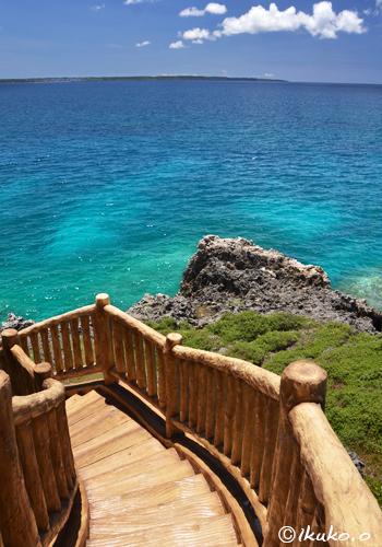 海へ続く階段