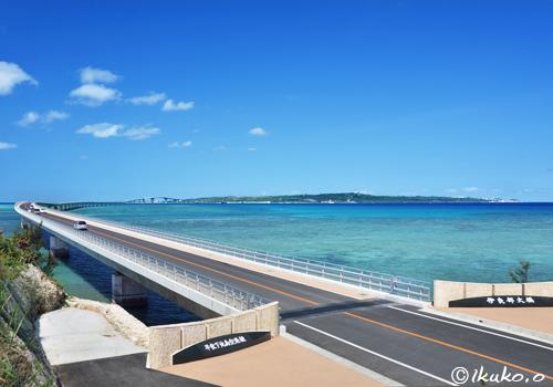 伊良部大橋-宮古島側入り口-
