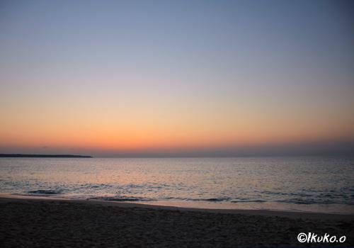 太陽が沈んだ後の夕暮れ