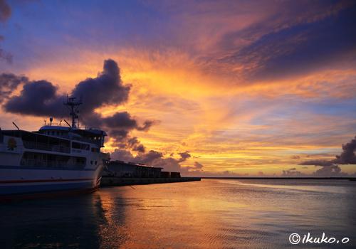 平良埠頭の夕焼け