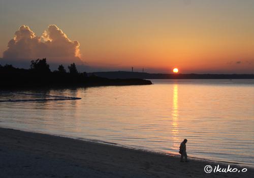 ビーチの夕暮れ