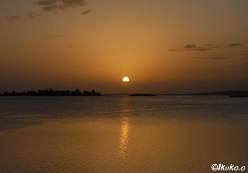 与那覇湾の夕陽